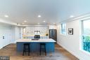 Open floor plan- perfect for entertaining - 1245 PIERCE ST N #8, ARLINGTON