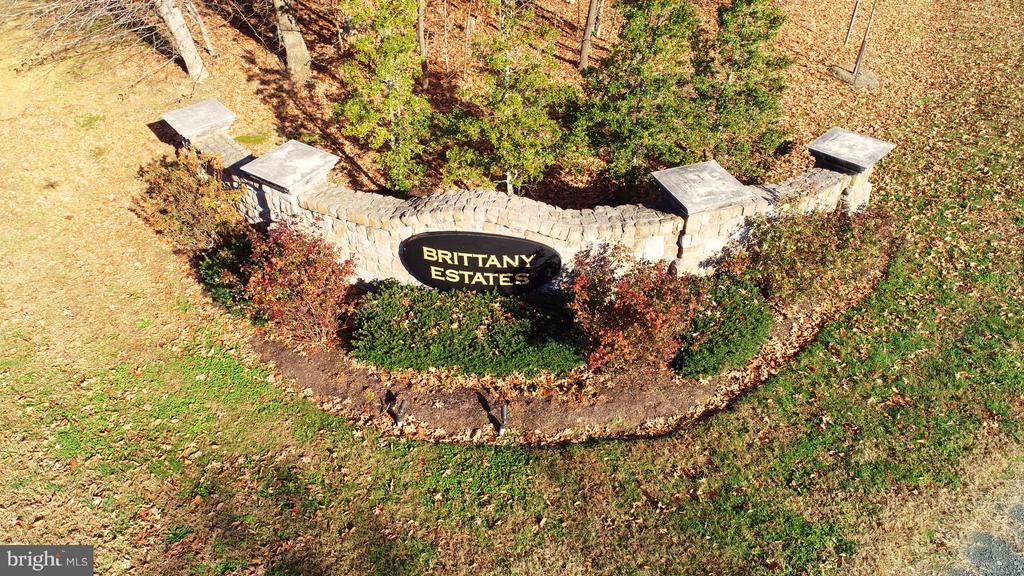 Subdivision Entrance - 130 BRITTANY MANOR WAY, STAFFORD