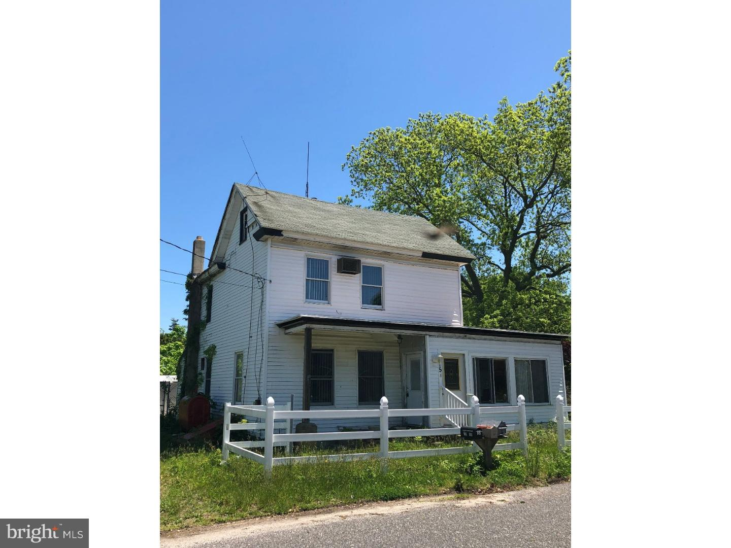 Single Family Home for Sale at 15 HALL Street Newport, New Jersey 08345 United States