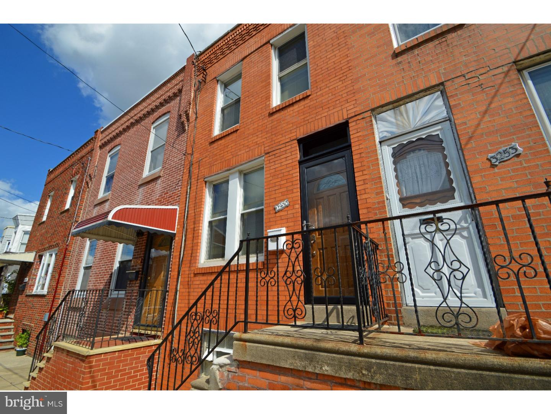 3255 ALMOND Street  Philadelphia, Pensilvania 19134 Stati Uniti