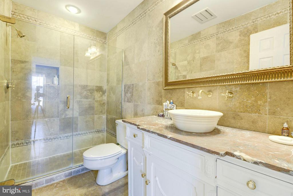 MASTER BATHROOM - 430 N UNION ST, ALEXANDRIA
