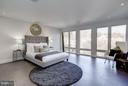 MASTER BED  W/ WET BAR & ROOF TERRACE  HOT TUB - 3722 R ST NW, WASHINGTON