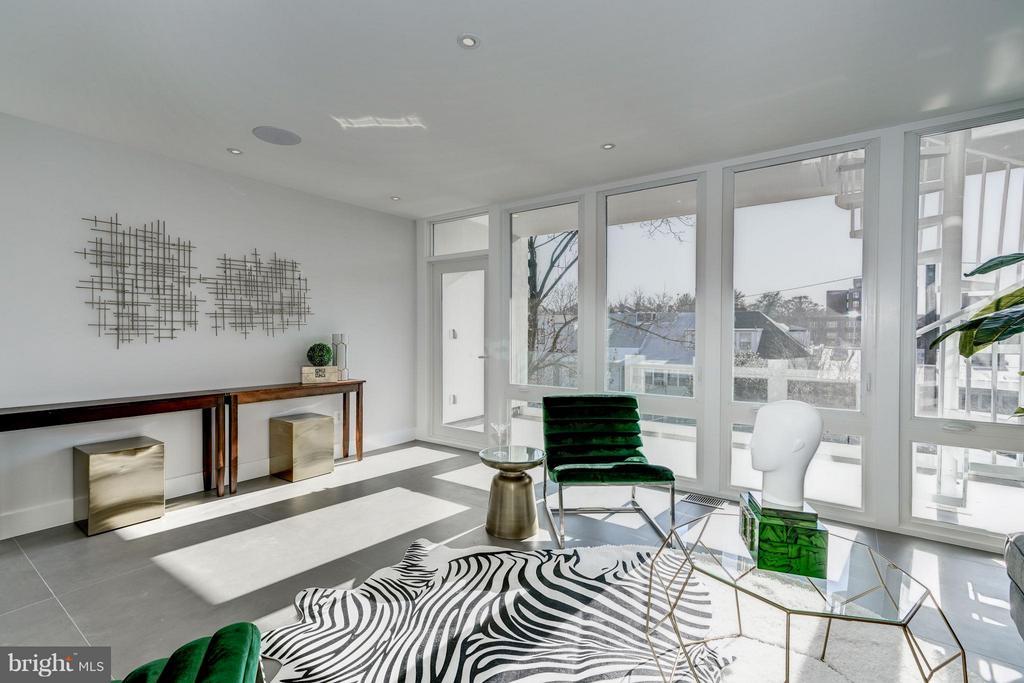 6TH BEDROOM - 3722 R ST NW, WASHINGTON