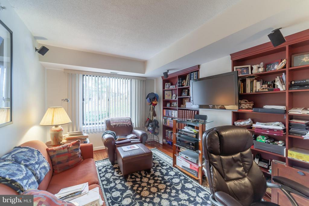 Second Bedroom with built-ins - 10001 WINDSTREAM DR #207, COLUMBIA