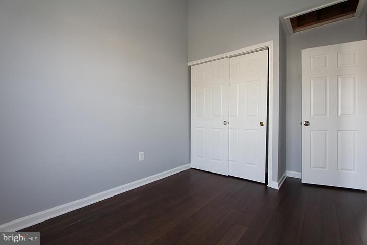 Bedroom #3- Alt view - 843 SMARTTS LN NE, LEESBURG