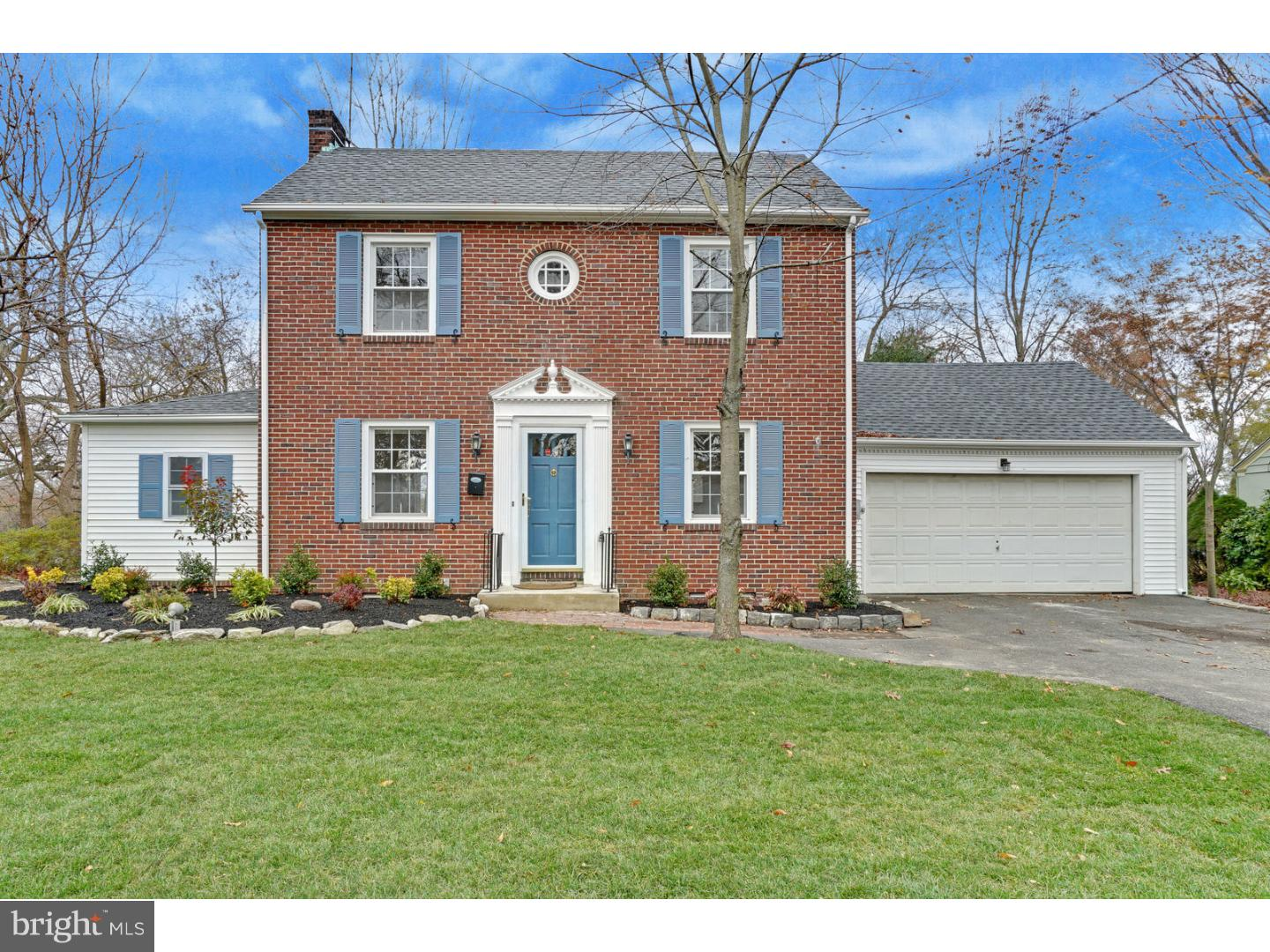 Single Family Home for Sale at 55 KENDALL BLVD Oaklyn, New Jersey 08107 United States