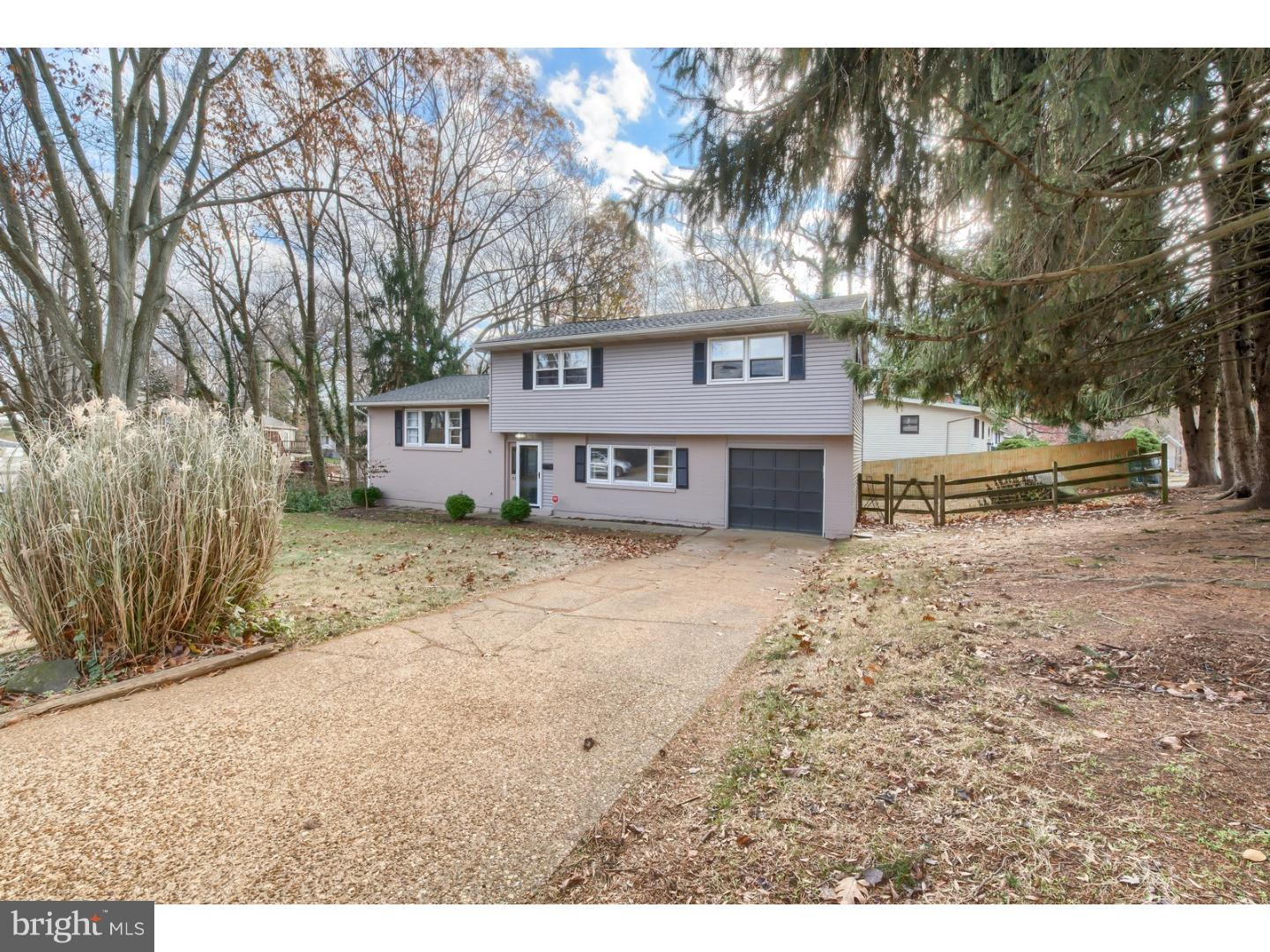 Single Family Home for Sale at 182 HONEYWELL Drive Claymont, Delaware 19703 United States