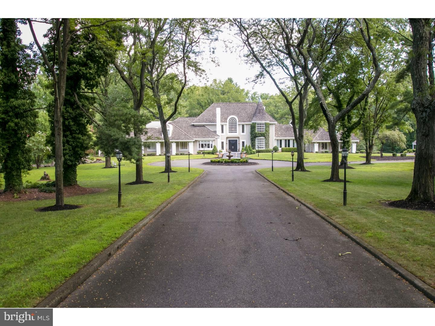 Single Family Homes por un Venta en Cherry Hill, Nueva Jersey 08034 Estados Unidos
