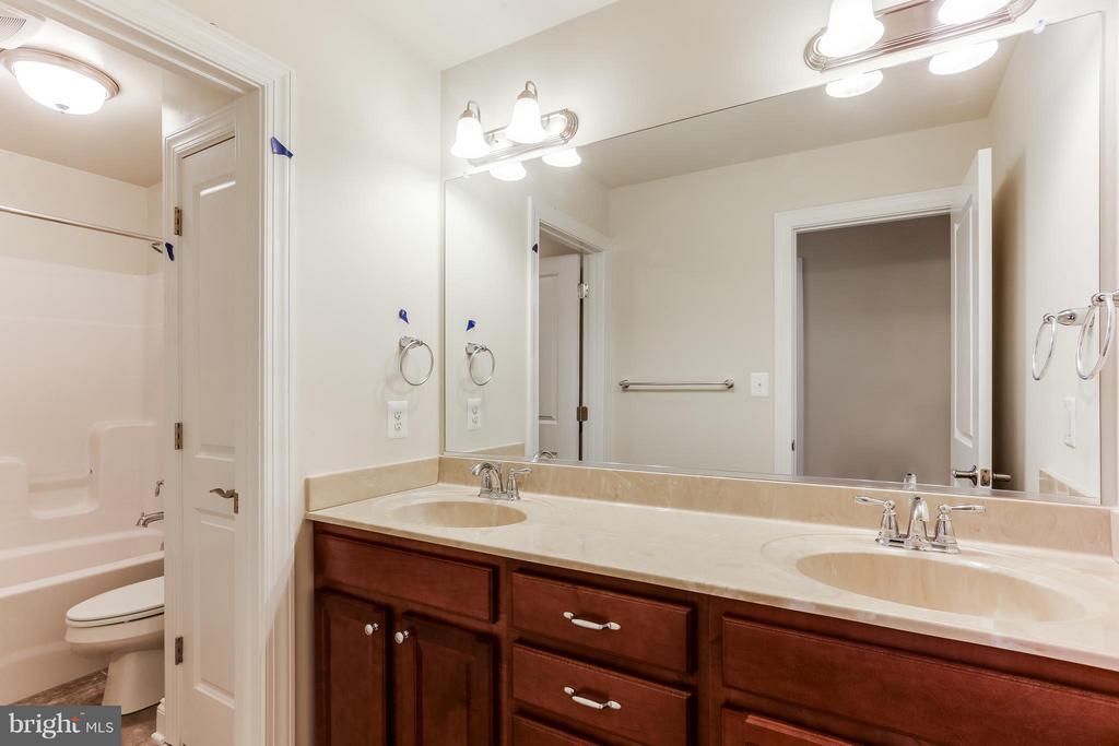 Bathroom - 7831 HARRIET TUBMAN LN, COLUMBIA