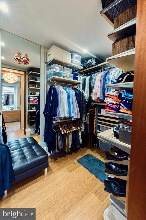 MBR closet (only half the closet is shown) - 506 A ST SE, WASHINGTON