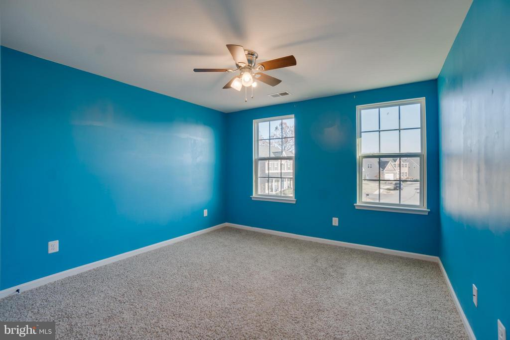 Bedroom #4 - 30 KETTLEBROOK CT, STAFFORD