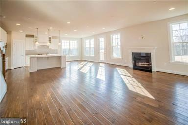 Additional photo for property listing at 0 Silver Linden Ct Aldie, Virginia 20105 United States