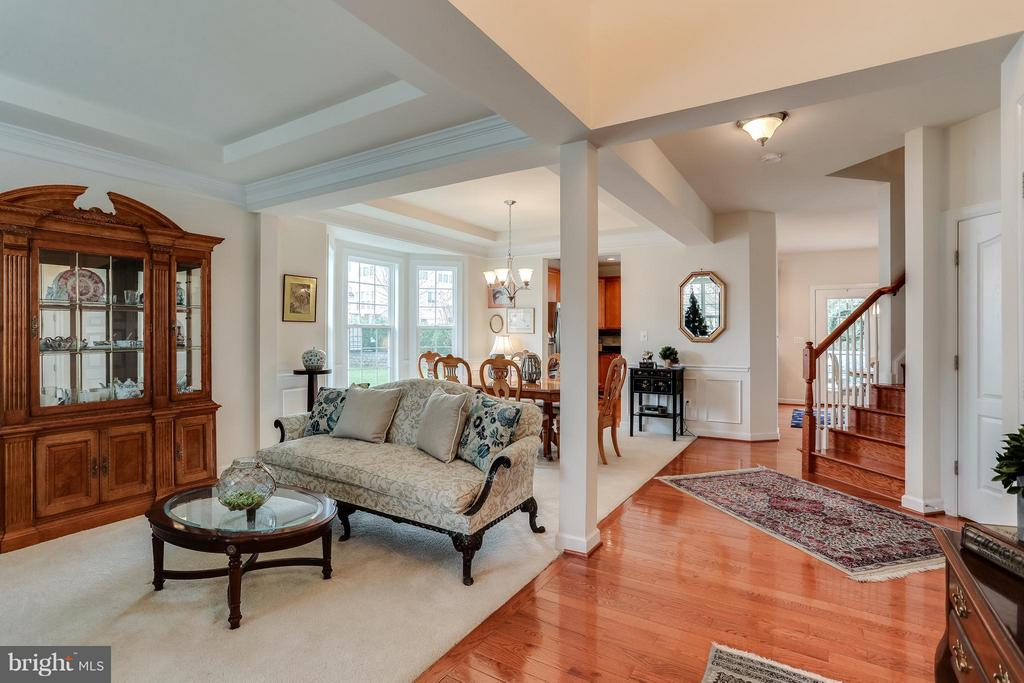 Living Room leading to Dining Room - 1906 EAMONS WAY, ANNAPOLIS
