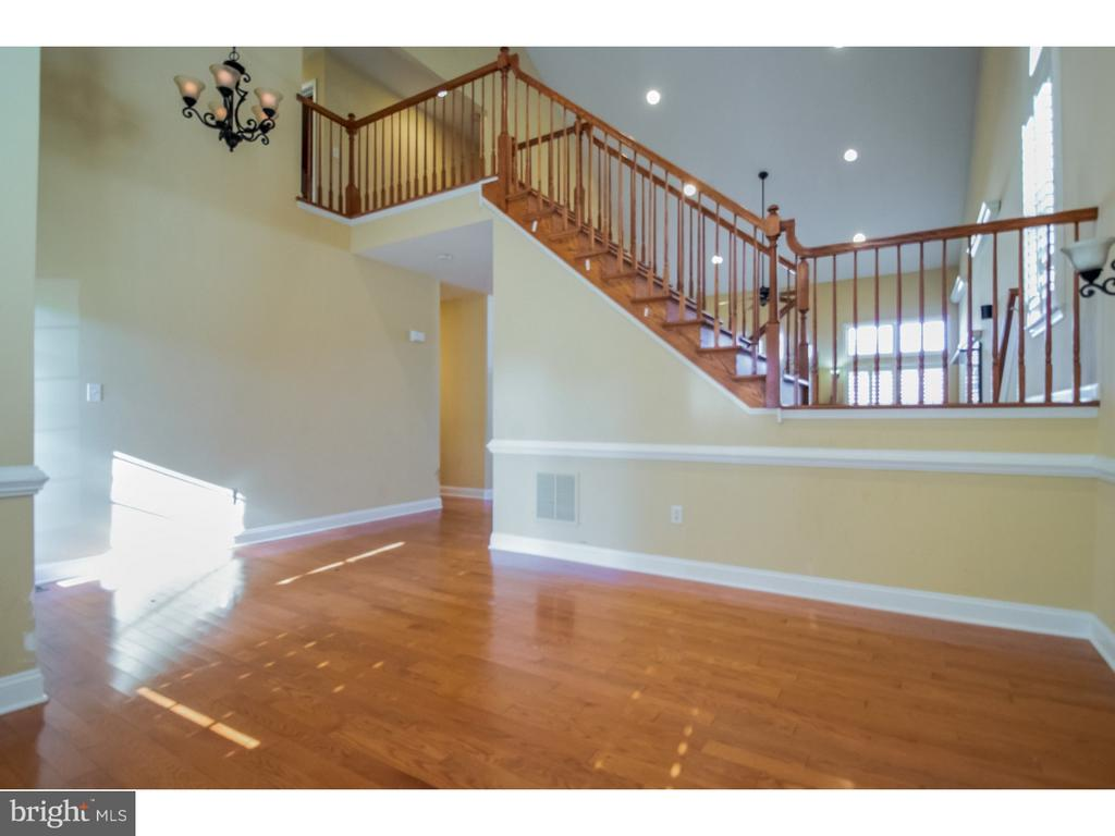 - 312 WELLINGTON, SWEDESBORO
