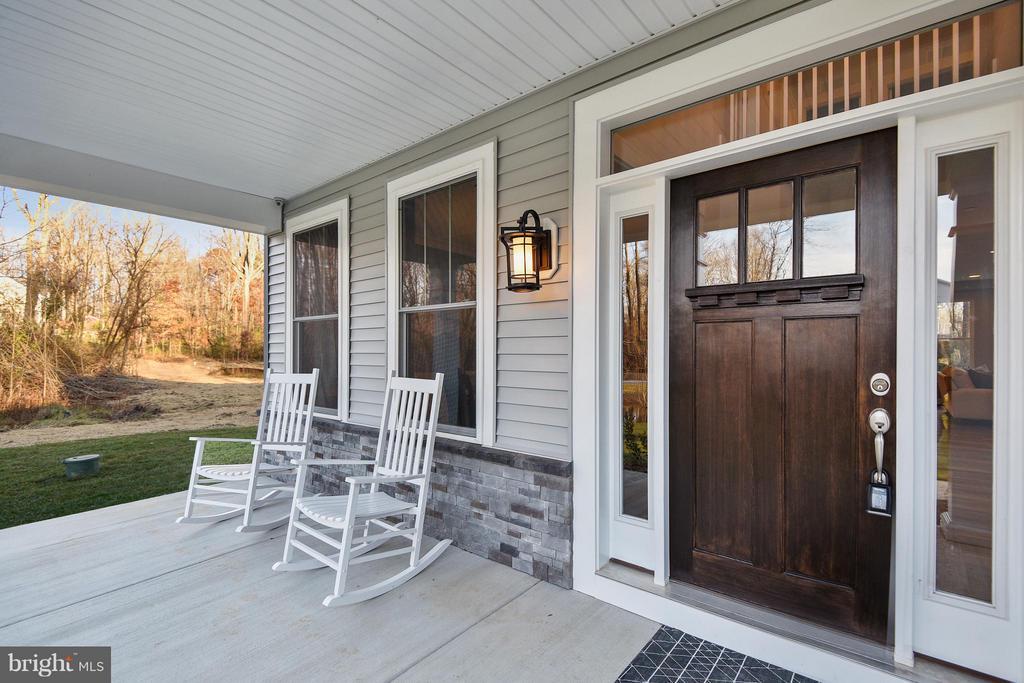 Front porch - 299 BONHEUR AVE, GAMBRILLS