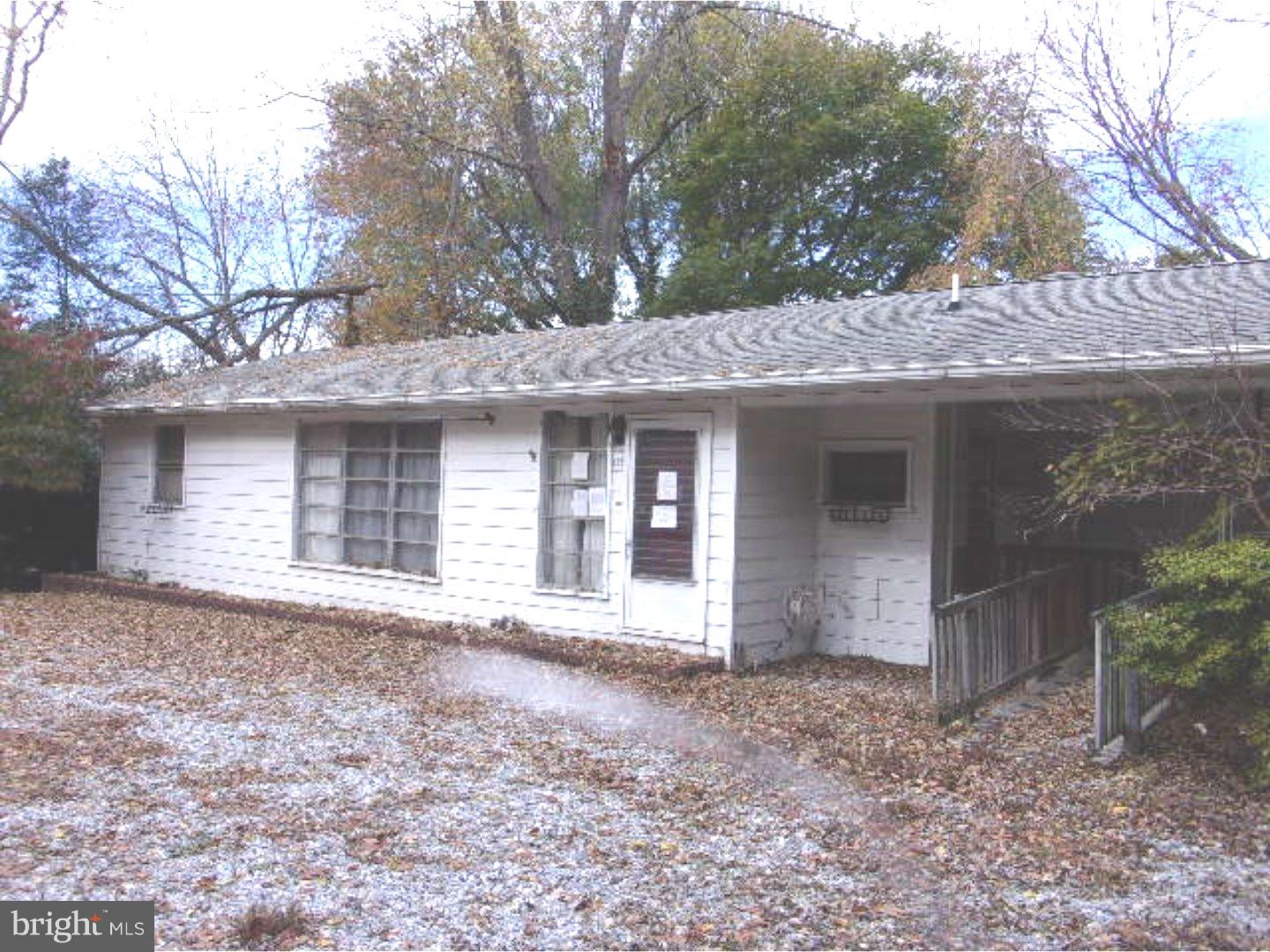 Single Family Home for Sale at 185 W PARK Drive Bridgeton, New Jersey 08302 United StatesMunicipality: Hopewell Township