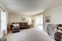 Living room - 11657 GILMAN LN, HERNDON
