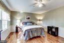 hardwood floors throughout upper level - 11657 GILMAN LN, HERNDON