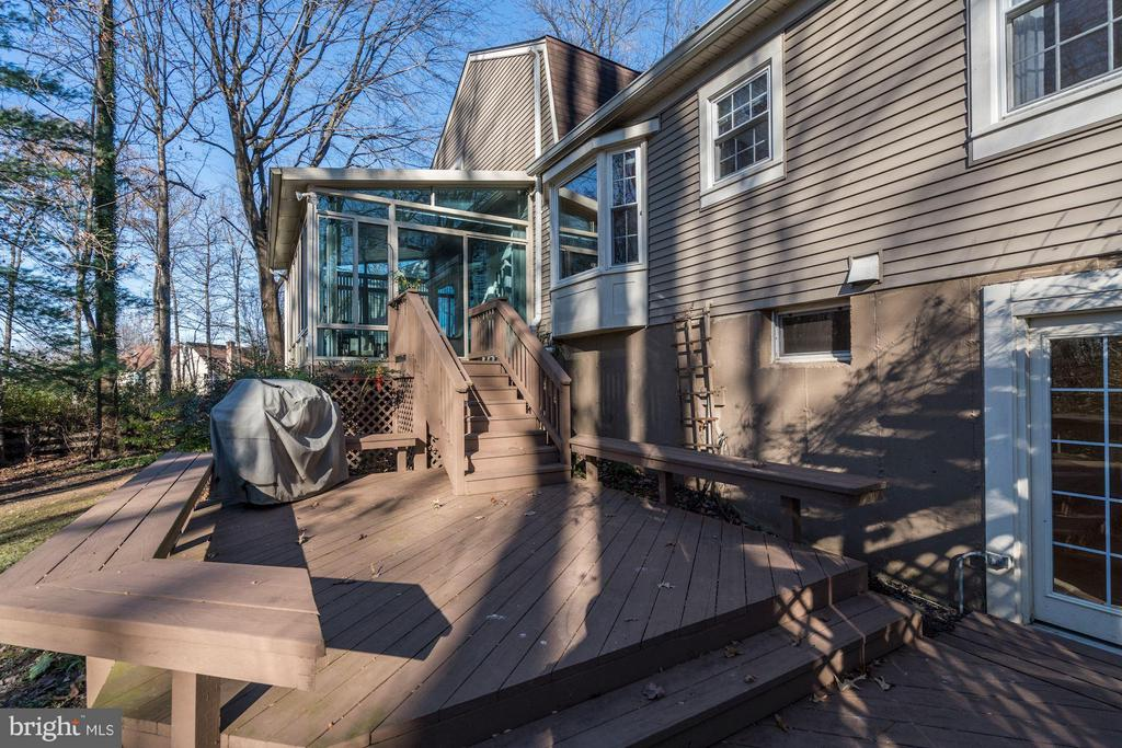 Deck with access from Sunroom and lower level - 11657 GILMAN LN, HERNDON