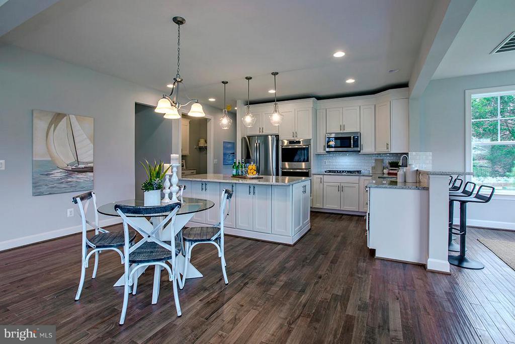 Kitchen and Dining Area - 7769 JULIA TAFT WAY, LORTON