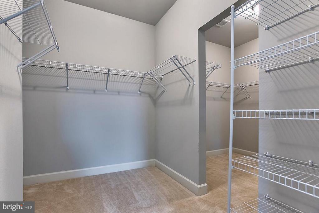 MBR Walk-in closet - 7769 JULIA TAFT WAY, LORTON