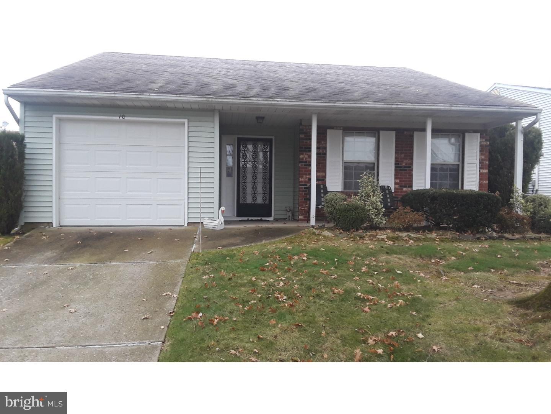 Частный односемейный дом для того Продажа на 10 WILLOWWOOD Court Mansfield Township, Нью-Джерси 08022 Соединенные Штаты