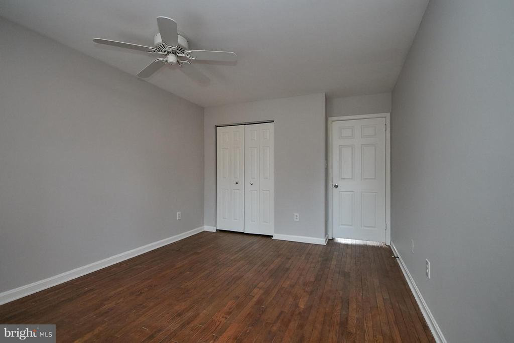 Master Bedroom has Hardwood Flooring - 2158 GOLF COURSE DR, RESTON
