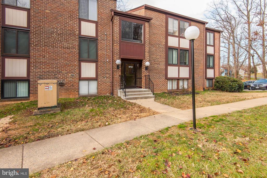 Fairfax Homes for Sale -  Townhome,  9700  KINGSBRIDGE DRIVE  201