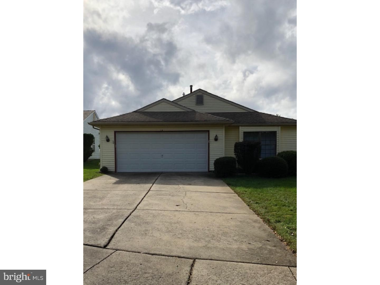 Частный односемейный дом для того Продажа на 15 WILLOWWOOD Court Mansfield Township, Нью-Джерси 08022 Соединенные Штаты