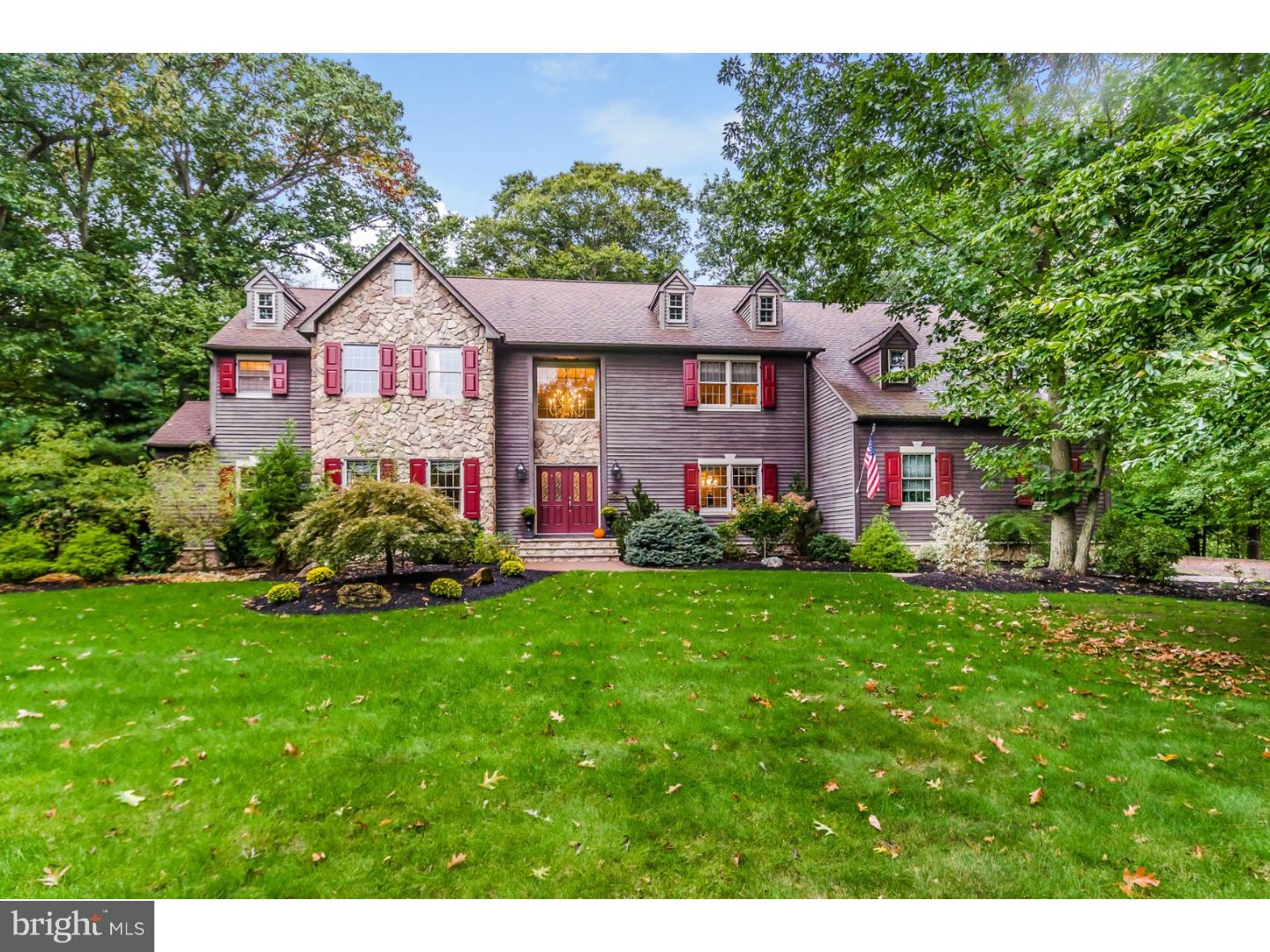 Single Family Home for Sale at 3 LENAPE Court Cranbury, New Jersey 08512 United StatesMunicipality: Cranbury Township