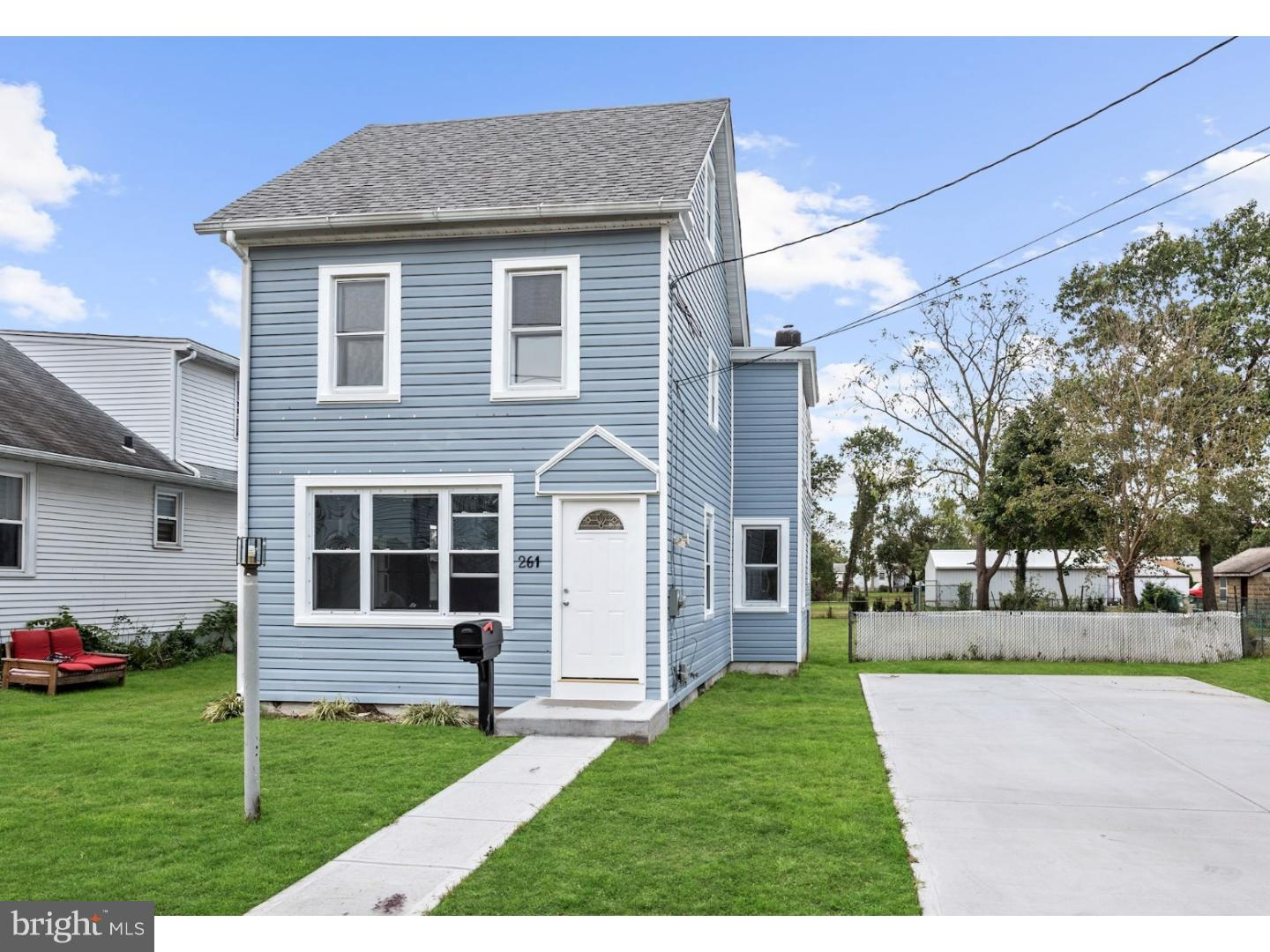Single Family Home for Sale at 261 HOOKER Street Riverside, New Jersey 08075 United States