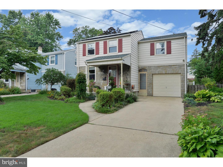 Частный односемейный дом для того Продажа на 245 LAWNSIDE Avenue Haddon Township, Нью-Джерси 08108 Соединенные Штаты