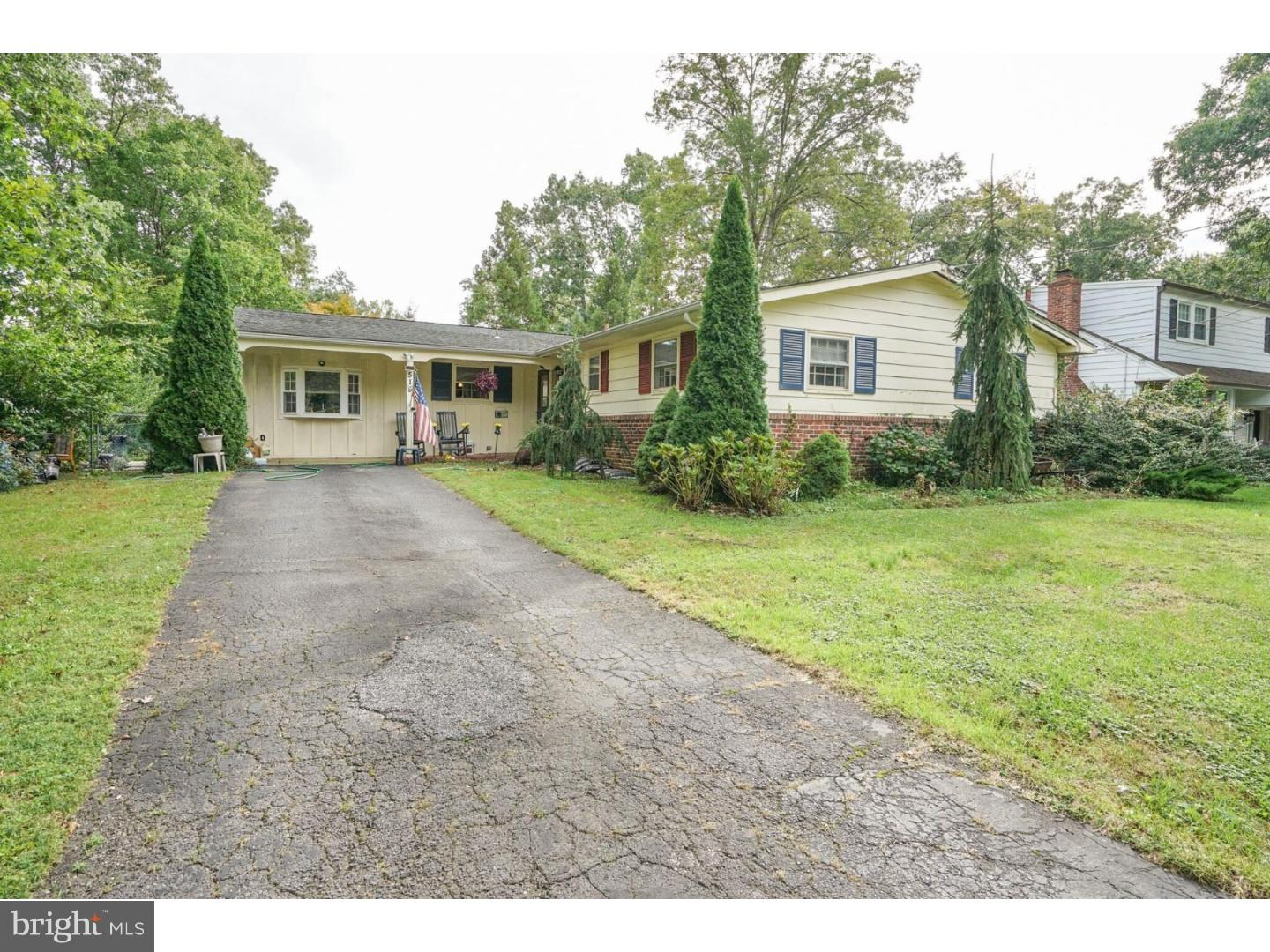 Single Family Home for Sale at 515 REVERE Drive Turnersville, New Jersey 08012 United States