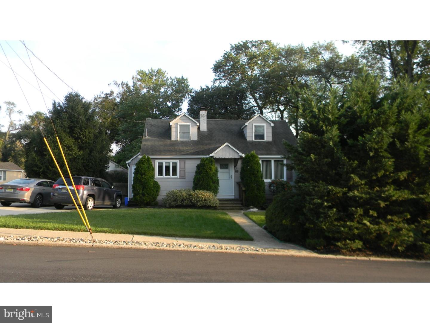 Single Family Home for Sale at 118 LAKE Drive Bellmawr, New Jersey 08031 United StatesMunicipality: Bellmawr