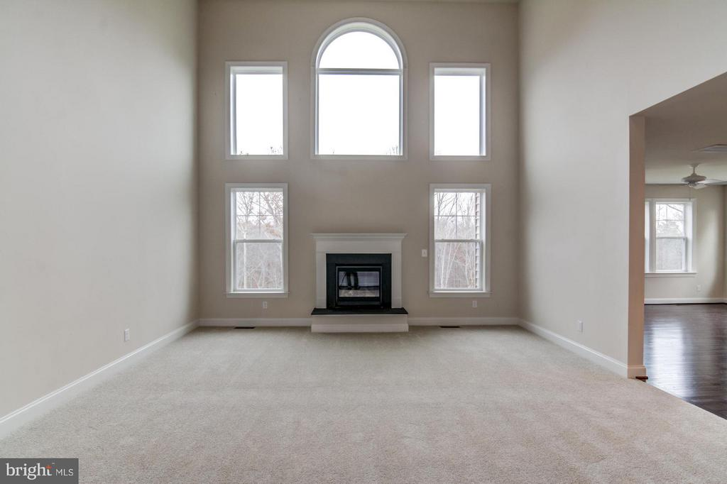 Two Story Family Room - 16765 MILL STATION WAY #43, DUMFRIES
