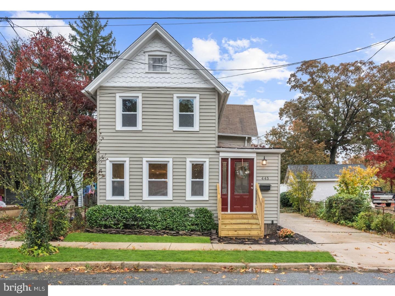 Nhà ở một gia đình vì Bán tại 445 BOULEVARD Avenue Pitman, New Jersey 08071 Hoa Kỳ