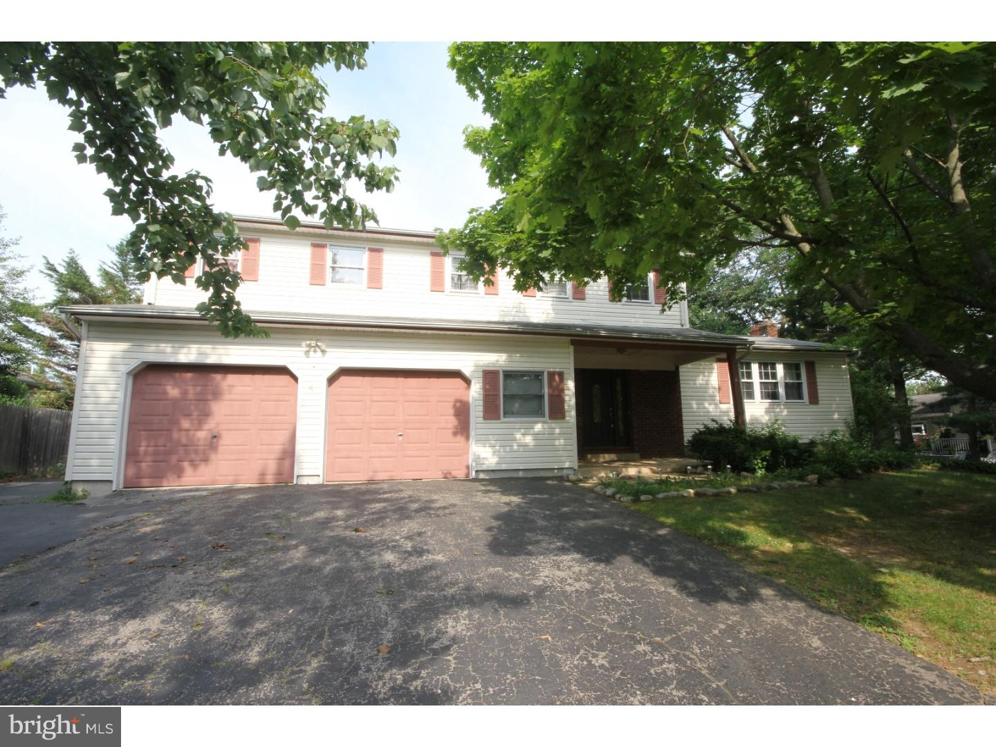 Single Family Home for Sale at 4 ANDREE Place Hamilton Township, New Jersey 08619 United States