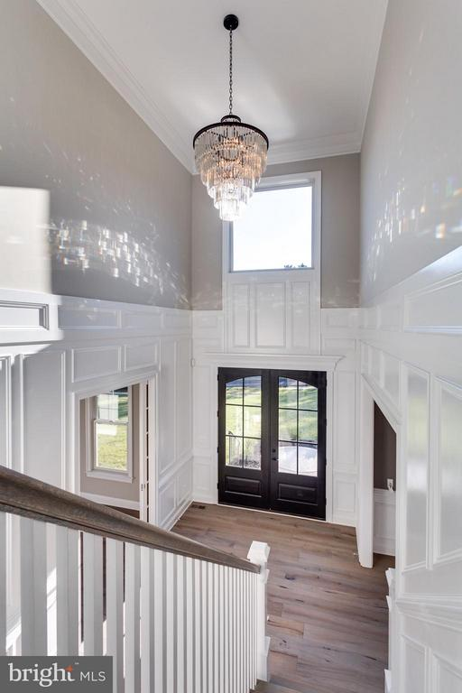 2 Story Chandelier motorized light lift, standard - 11701 VALLEY RD, FAIRFAX