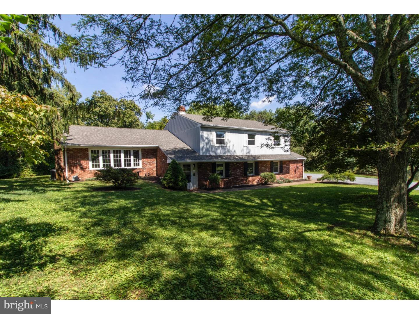 Photo of home for sale at 53 Tyrone Road, Phoenixville PA