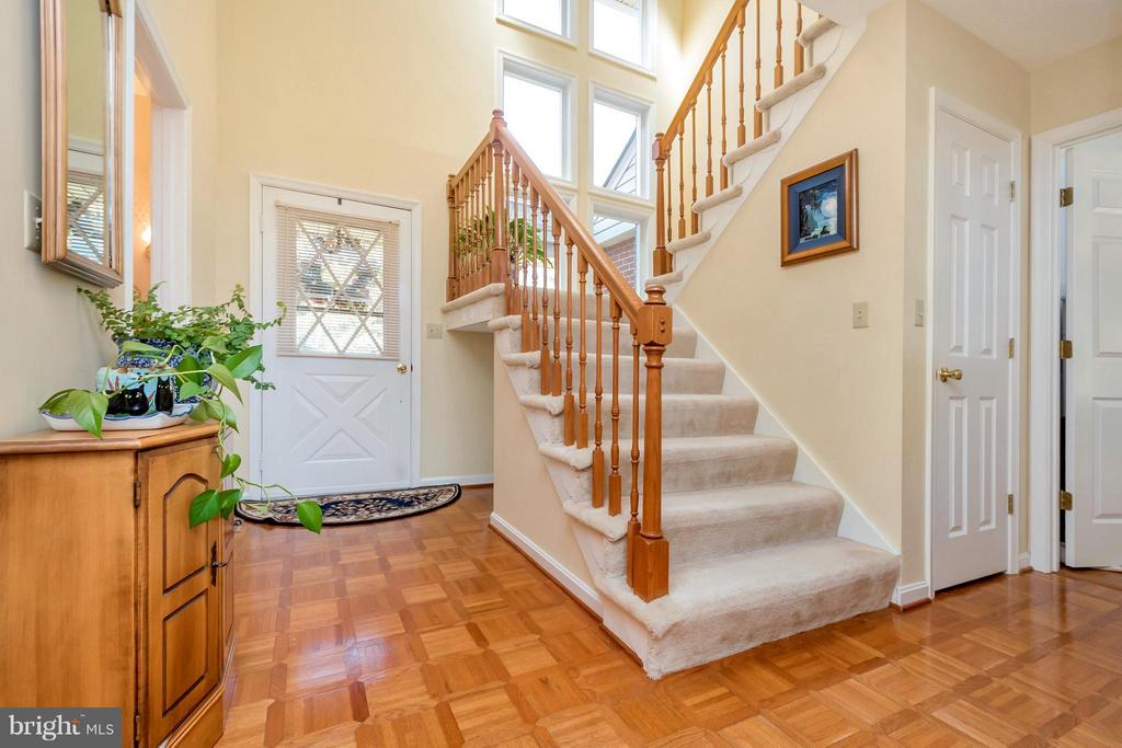 Foyer - 1351 LAKEVIEW PKWY, LOCUST GROVE