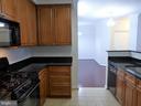 Kitchen - 801S GREENBRIER ST #214, ARLINGTON
