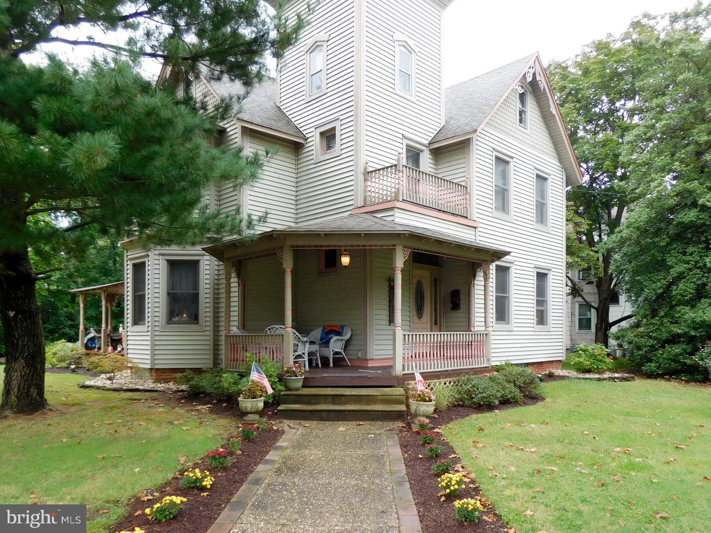 Single Family Home for Sale at 443 BENTLEY Avenue Beverly, New Jersey 08010 United States