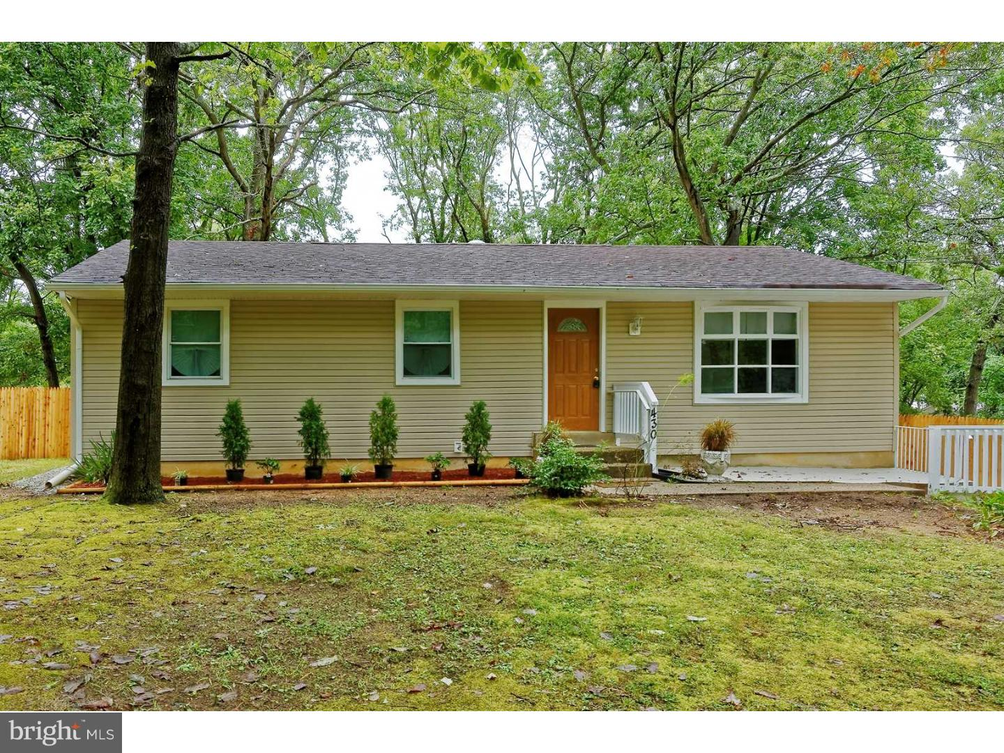Single Family Home for Sale at 430 SIEGFRIED Avenue Chesilhurst, New Jersey 08089 United States