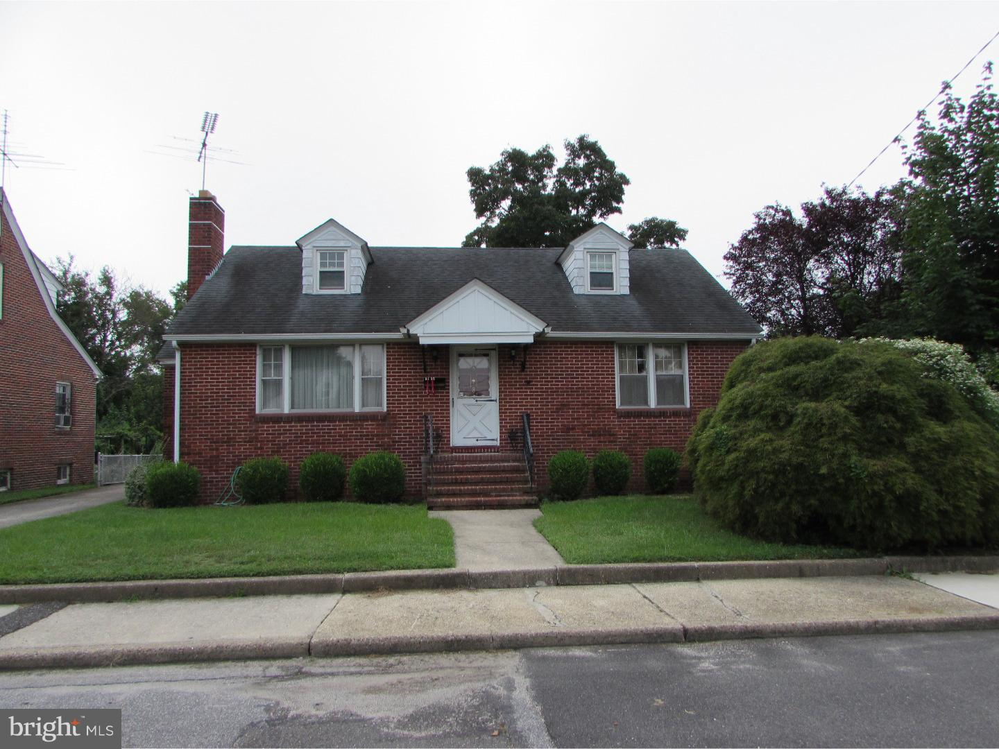 Photo of home for sale at 8 Marsden Avenue, Penns Grove NJ