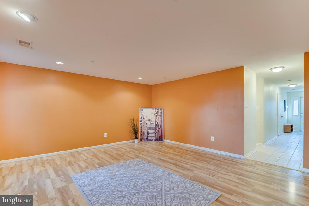 Recessed lighting - 3530 CONNOR PL, FREDERICK