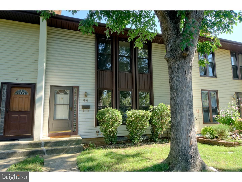 独户住宅 为 销售 在 84 DANBURY Court 东温莎, 新泽西州 08520 美国