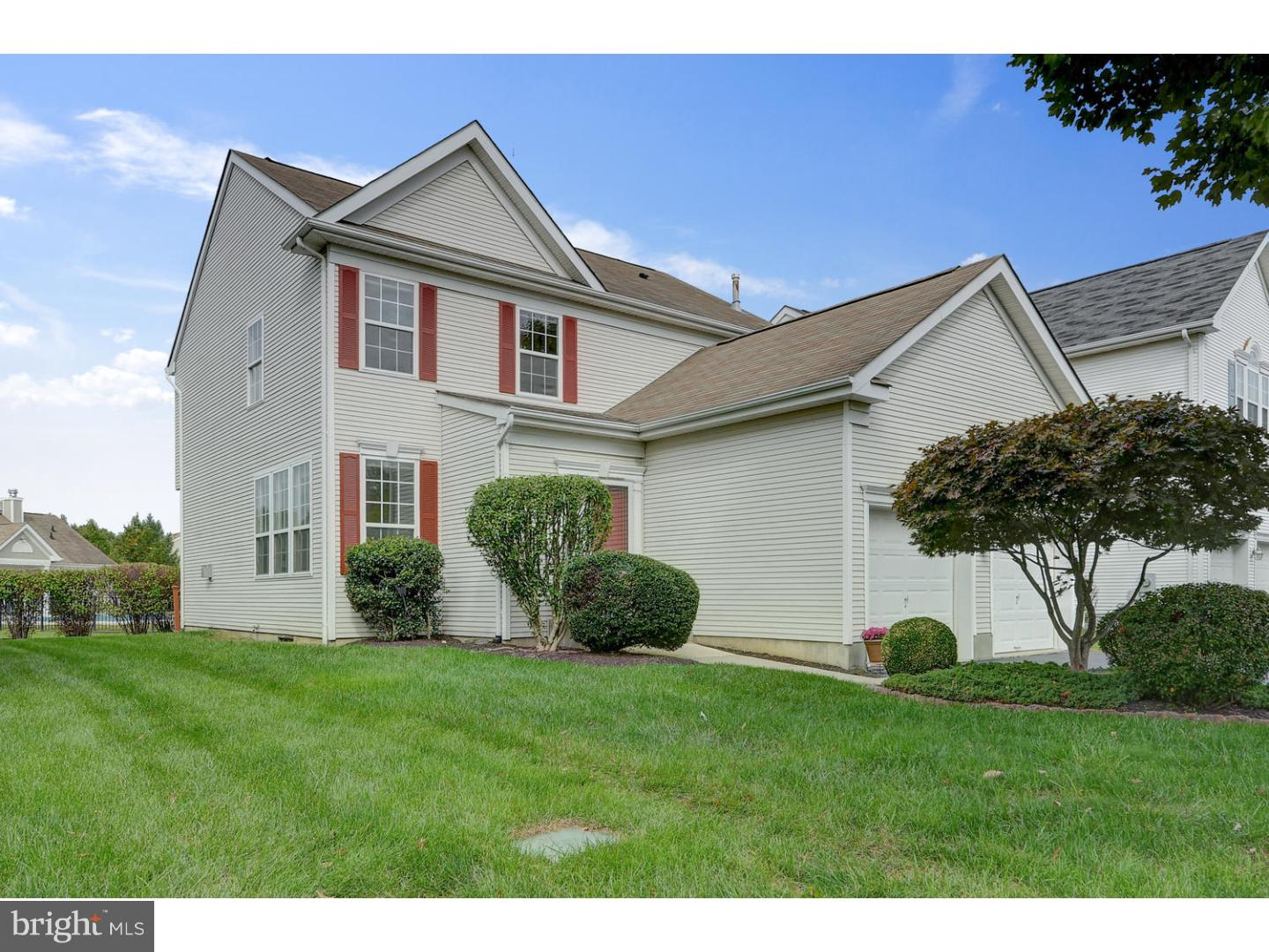 Single Family Home for Sale at 75 FOUNTAYNE Lane Lawrence, New Jersey 08648 United StatesMunicipality: Lawrence Township