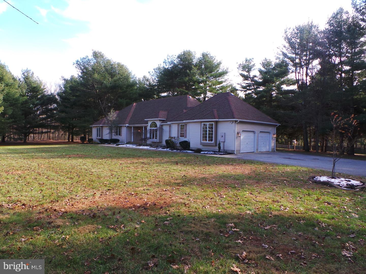 Single Family Home for Sale at 212 GREENWOOD Lane Winslow, New Jersey 08037 United States