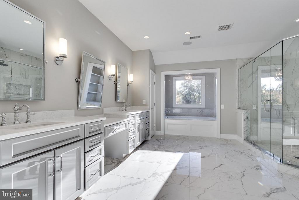 Spa-like Bathrooms - 11701 VALLEY RD, FAIRFAX