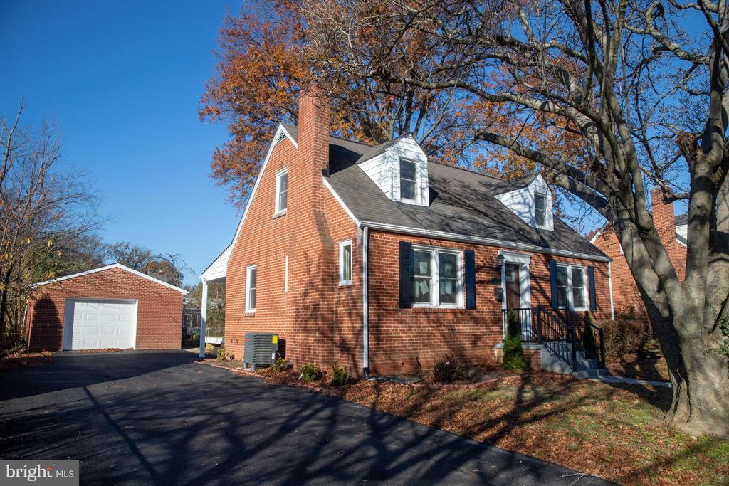 2860  STUART DRIVE 22042 - One of Falls Church Homes for Sale
